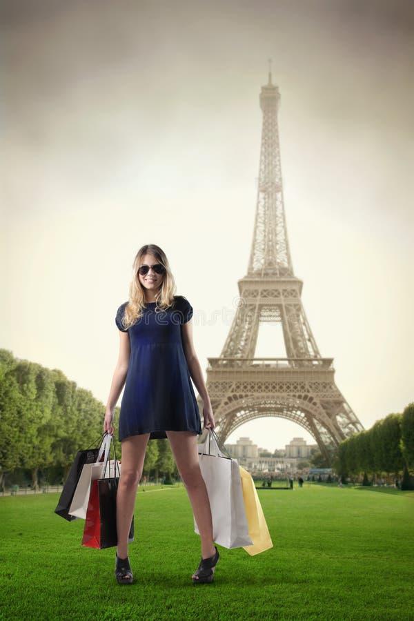 Het winkelen in Parijs stock afbeelding