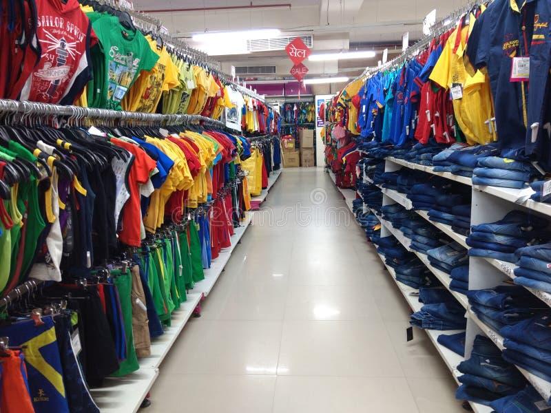 Het winkelen pret stock afbeelding