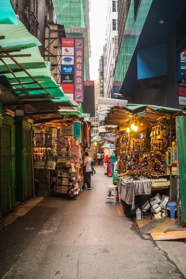 Het winkelen steeg van Des Voeux Centraal Road, Hong Kong Island, China stock foto's