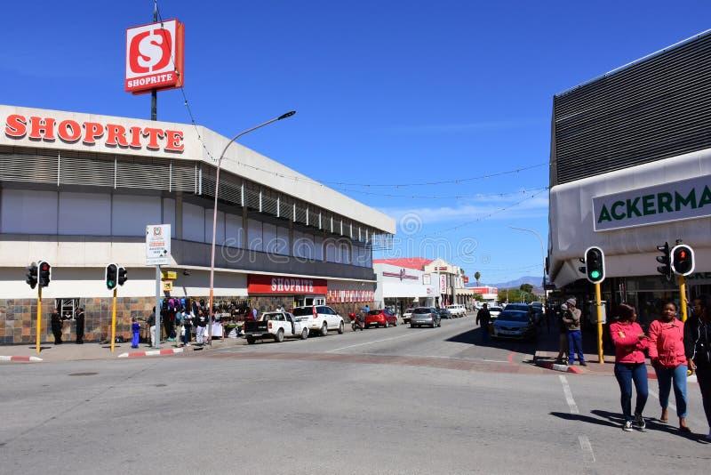 Het winkelen Straat, Oudtshoorn, Westelijke Kaap, Zuid-Afrika stock fotografie