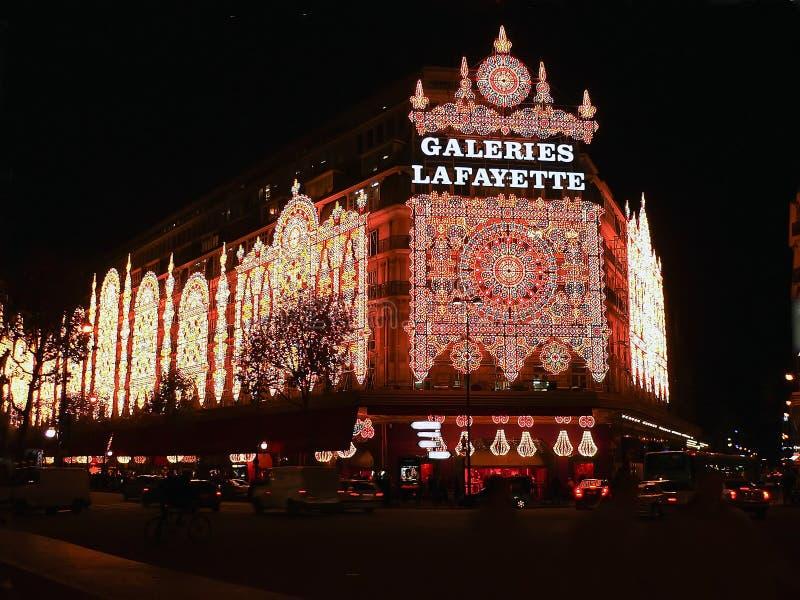 Het Winkelen van de winter & van Kerstmis Seizoen in Parijs royalty-vrije stock afbeelding