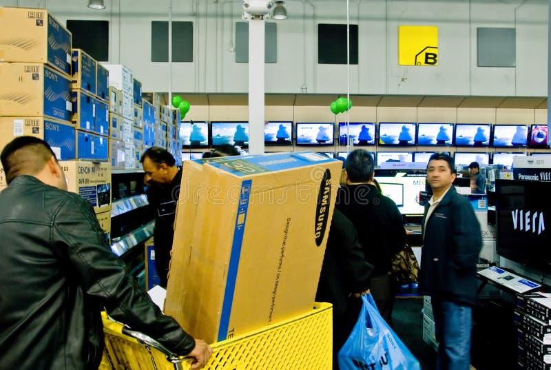 Het winkelen voor TV stock fotografie