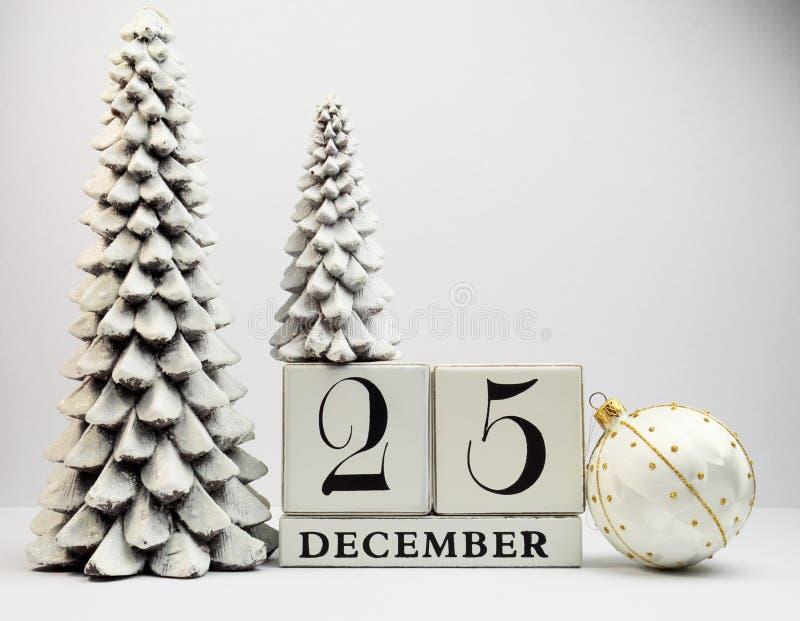 Het witte thema bewaart de kalender van de Datum voor de Dag van Kerstmis, 25 December. royalty-vrije stock afbeeldingen