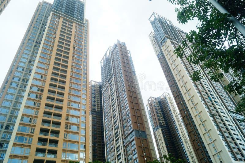 Het woon hoge gebouw is net voltooid stock foto's