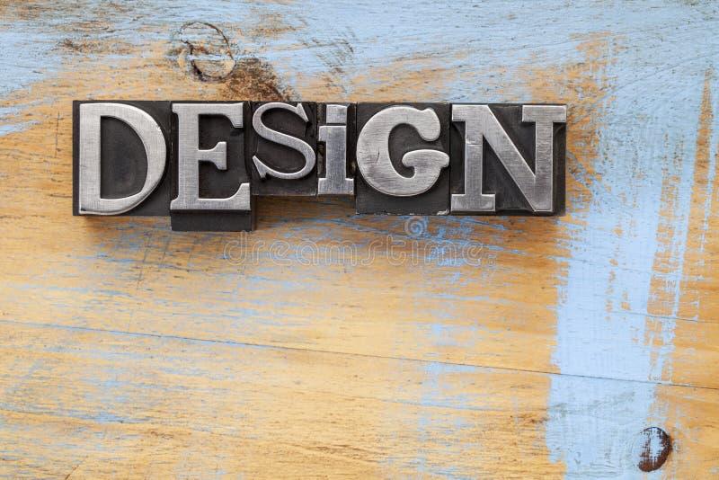 Het woord van het ontwerp in metaaltype royalty-vrije stock fotografie