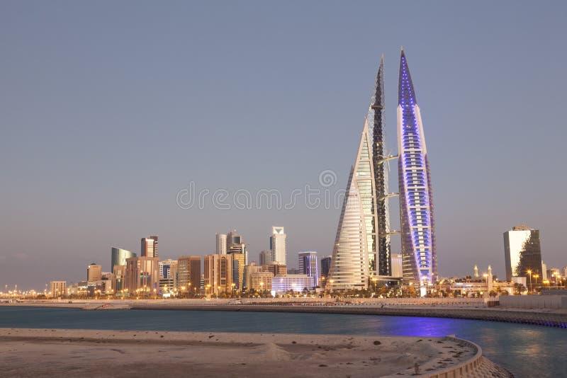 Het World Trade Center van Bahrein bij schemer royalty-vrije stock foto