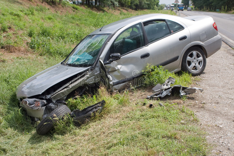Het wrak van de auto stock afbeeldingen