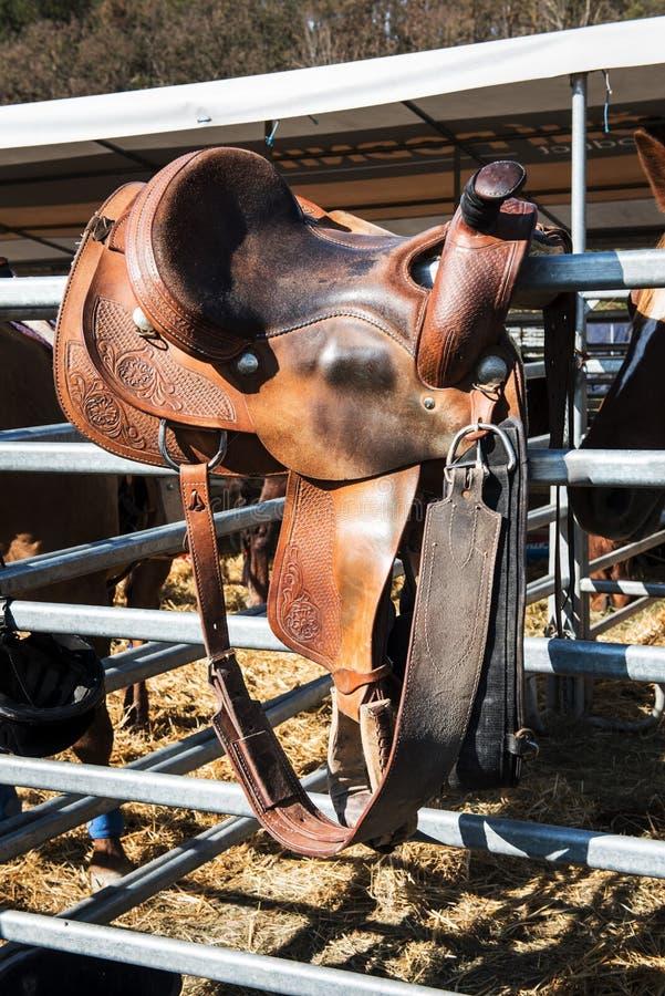Het zadel voor rodeo en horseback het berijden royalty-vrije stock fotografie
