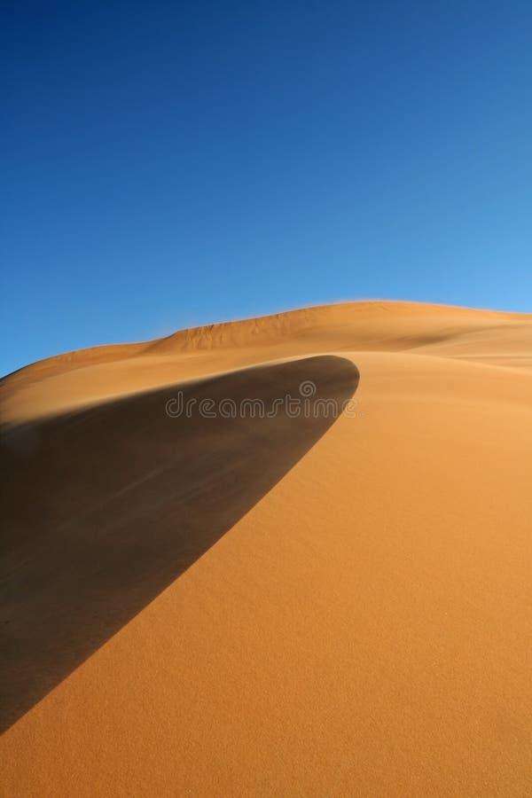 Het zandduinen van Chebbi van de erg en zand royalty-vrije stock foto's