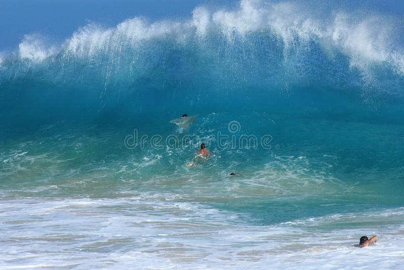Het zandige strandlichaam surfen royalty-vrije stock afbeelding