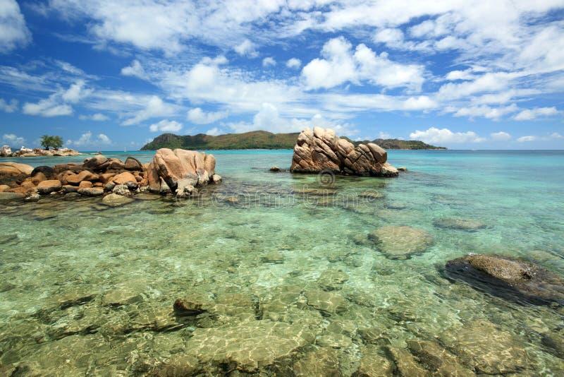 Het zeegezicht van Seychellen. royalty-vrije stock foto