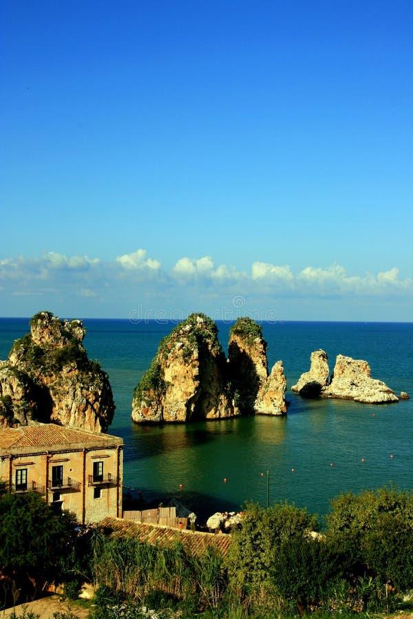 Het zeegezicht van Sicilië, Tonnara Scopello stock fotografie
