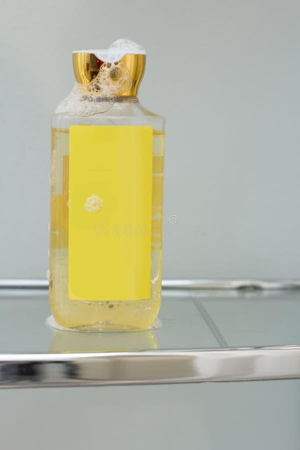 Download Het Zeepsop Van De Zeepautomaat Stock Foto - Afbeelding bestaande uit clean, badkamers: 54092204