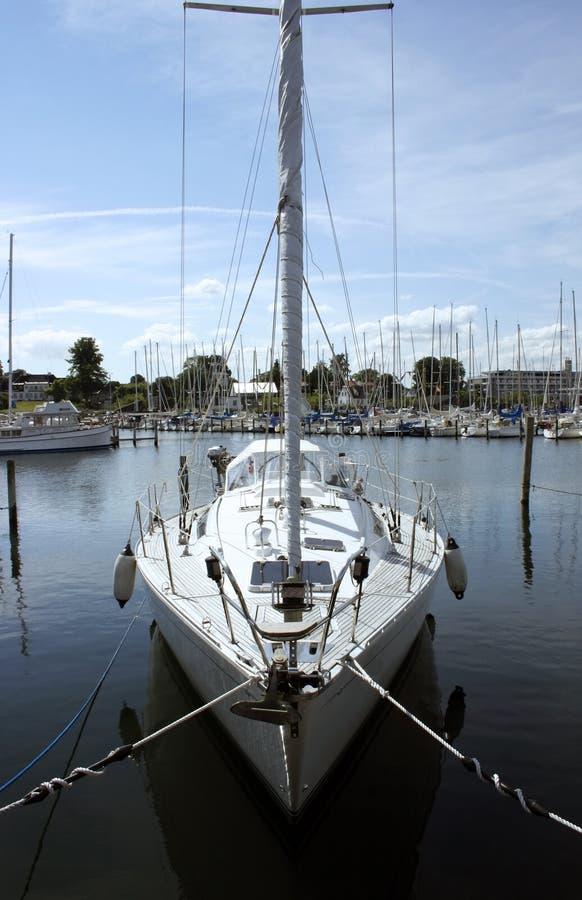 Het zeilboot van het jacht royalty-vrije stock fotografie