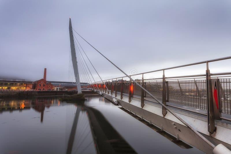 Het Zeilbrug en Jachthaven van Swansea stock afbeelding