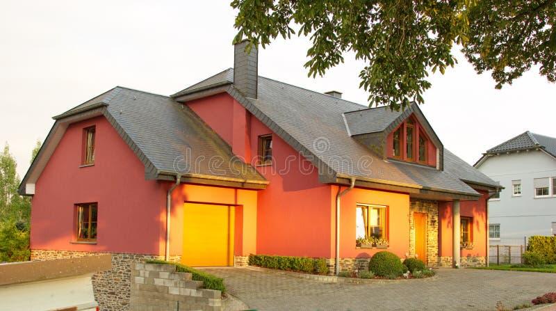 Het zijhuis van het familieland stock afbeelding