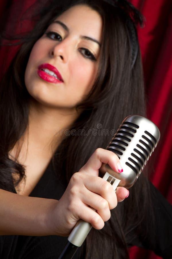 Het Zingen van de vrouw stock afbeelding