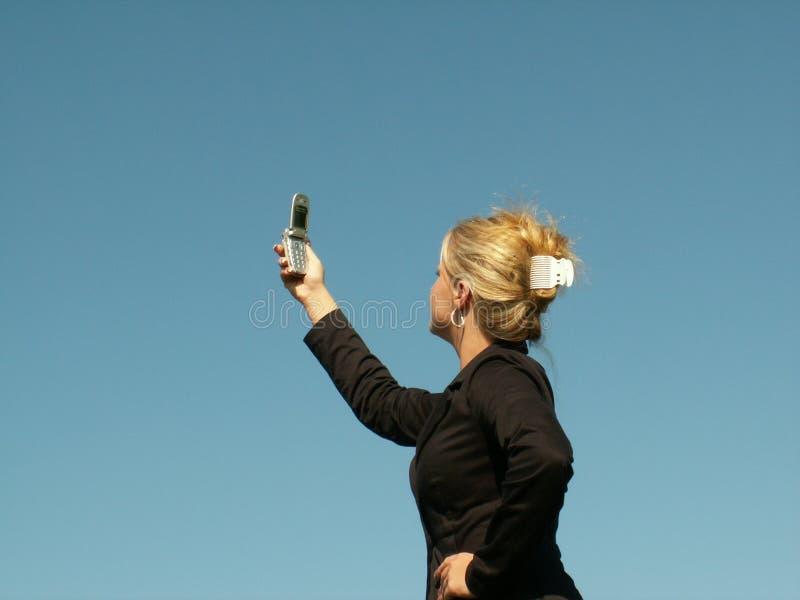 Het zoeken naar een signaal stock fotografie