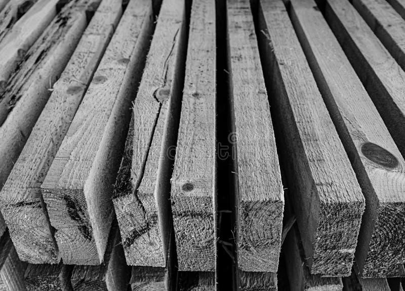 Het zwart-wit van de de raads zwart-wit grijze basis van het achtergrond horizontale stapelperspectief close-up van de het ontwer stock foto