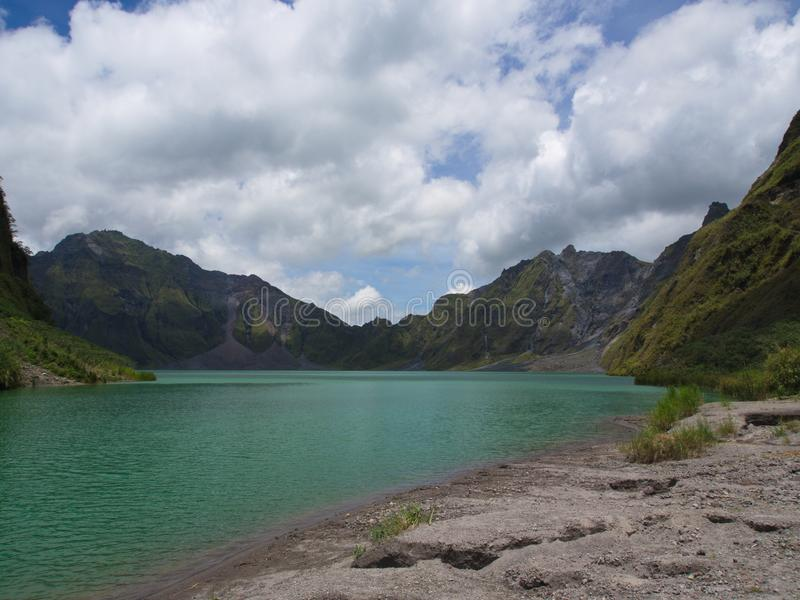 Het Zwavelmeer van Pinatubo-Vulkaan Reis in Filippijns Clark, stock foto's