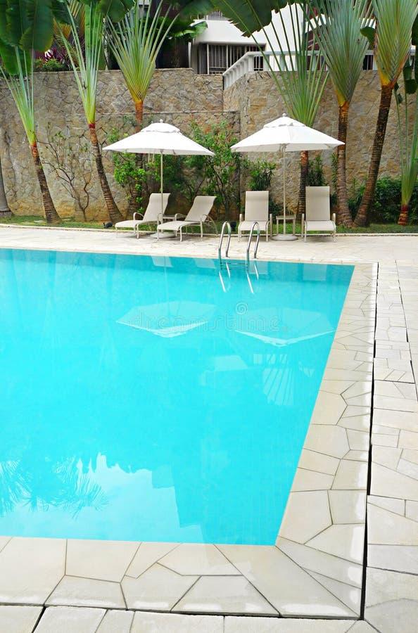 Het zwembad van de flat royalty-vrije stock afbeeldingen
