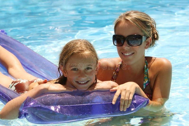 Het zwembad van het kind stock foto