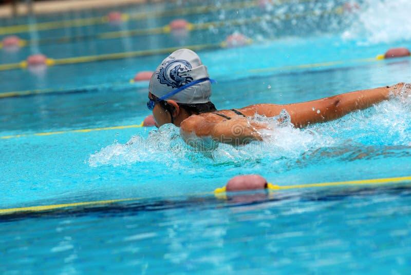 Het zwemmen de concurrentie stock afbeeldingen