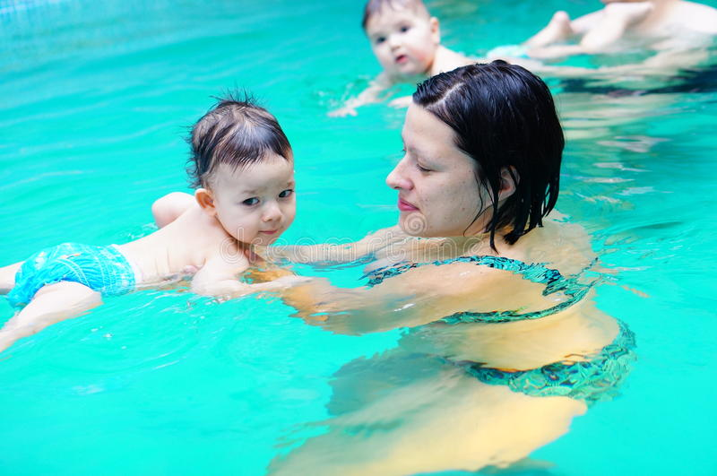 Het zwemmen les stock foto's