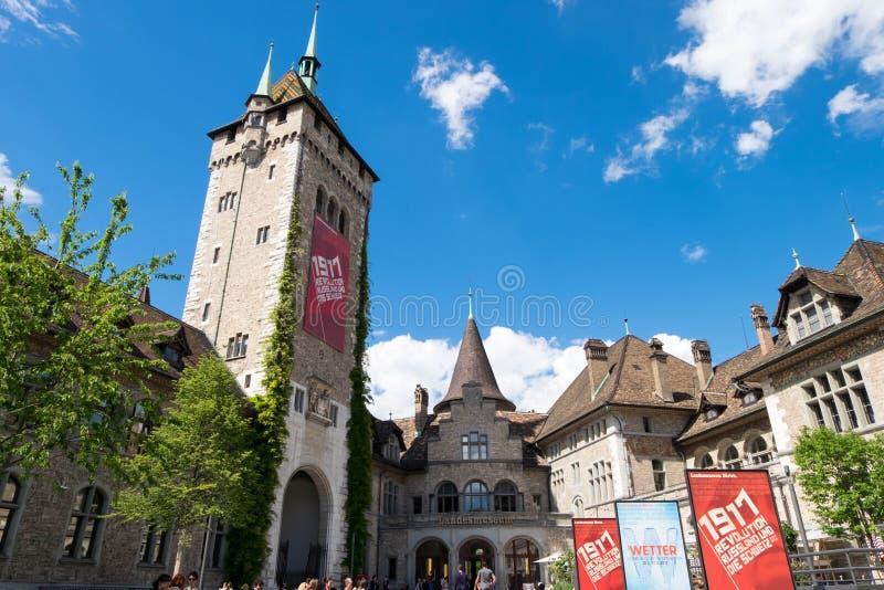 Het Zwitserse nationale museum, bepaalt van in Oud stadsdistrict de plaats in Zürich, naast Hauptbahnhof royalty-vrije stock foto