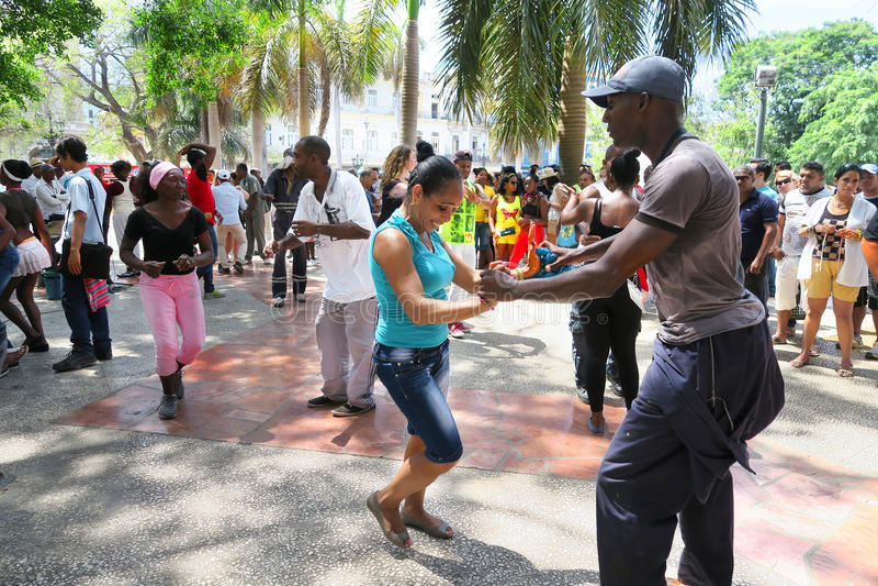 Hete Cubaanse salsa in het centrum van Havana royalty-vrije stock foto