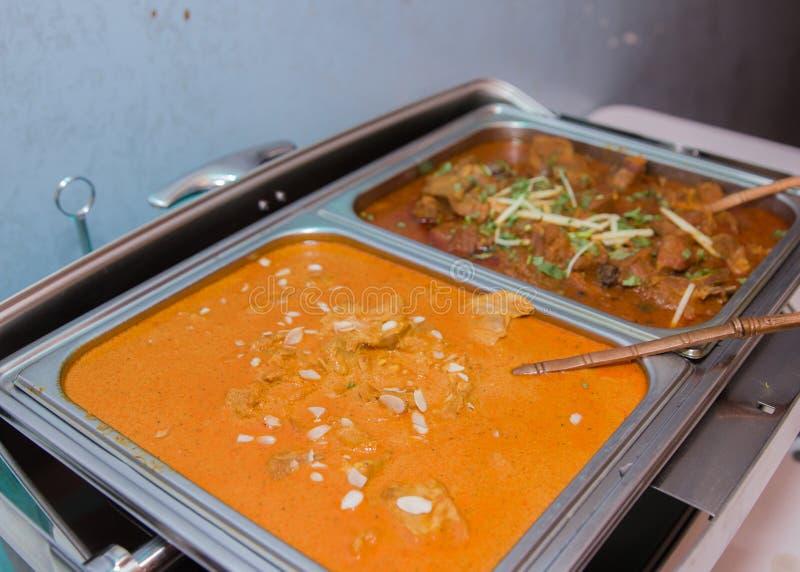Hete en kruidige Indische kippenkerrie royalty-vrije stock afbeelding