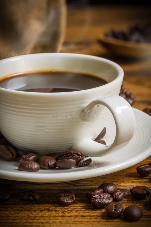 Hete Koffie op Lijst/Hete Koffie/Hete Koffie op Lijst voor Ochtend royalty-vrije stock afbeelding