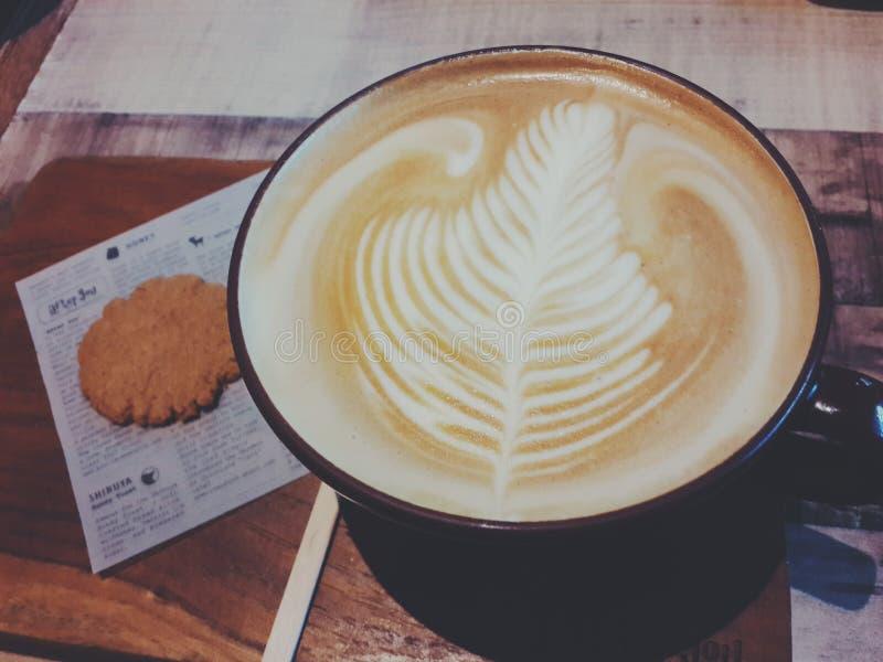 Hete lattekoffie royalty-vrije stock foto's