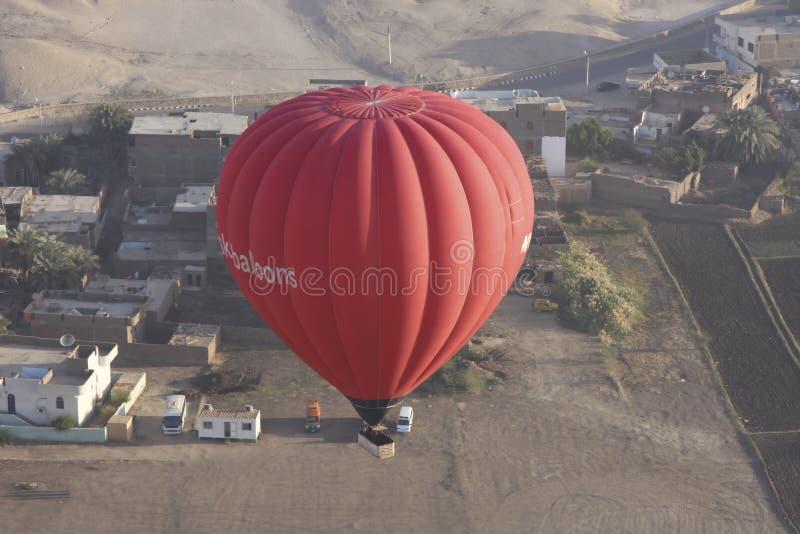 Hete lucht het ballooning royalty-vrije stock afbeeldingen