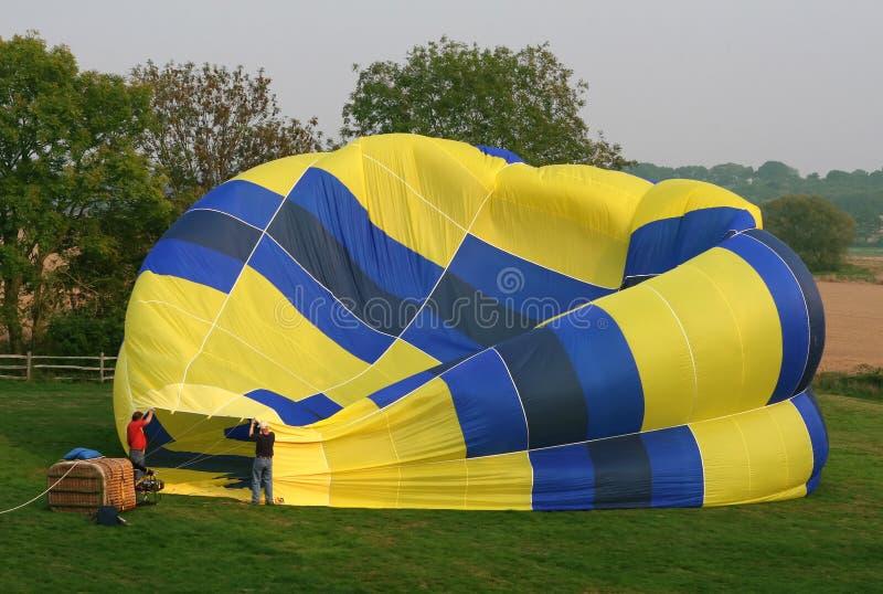 Hete luchtballon en mand stock fotografie
