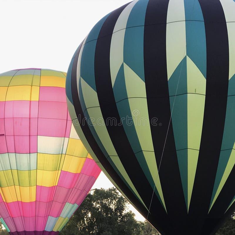 Hete Luchtballons die omhoog vergassen stock foto's