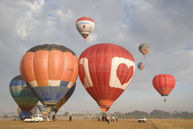 Hete luchtballons tijdens jaarlijkse kampioenschappen stock foto