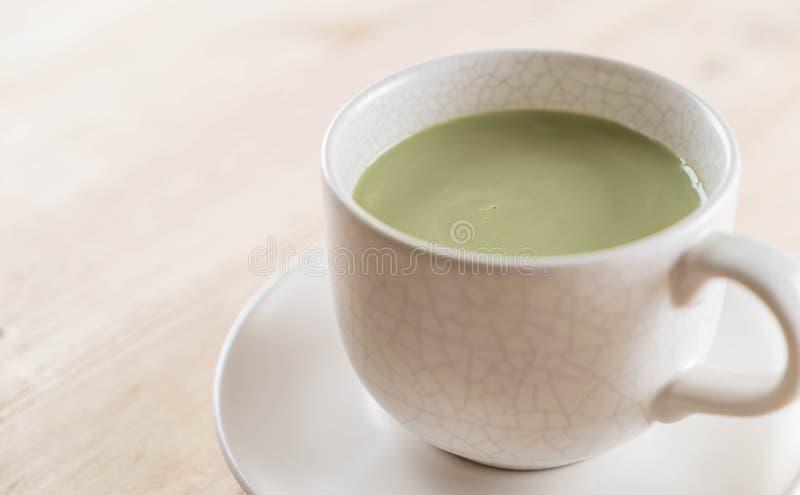 hete matcha latte royalty-vrije stock foto's
