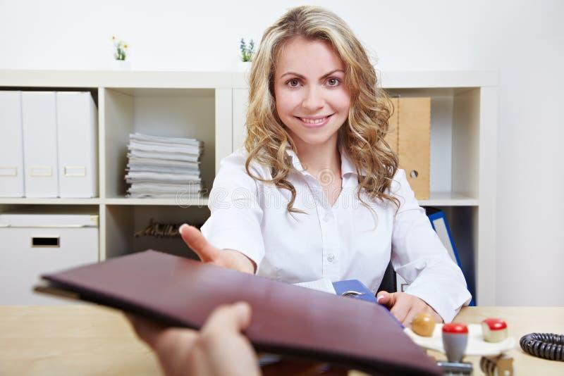 Heure ayant des entrevues d'emploi image libre de droits