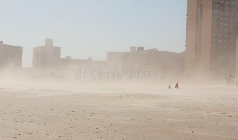 Heures avant tempête sur Coney Island photos libres de droits