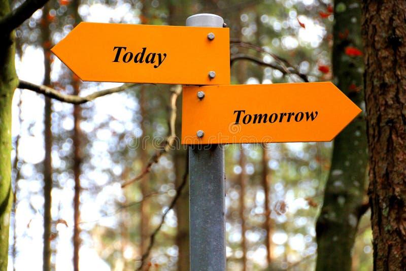 Heute und morgen lizenzfreie stockfotografie