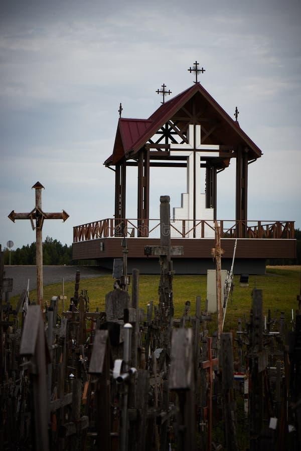 Heuvel van kruisen stock afbeeldingen