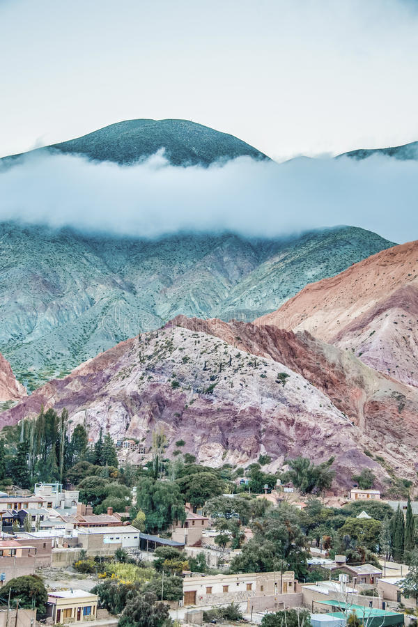 Heuvel van Zeven Kleuren in Jujuy, Argentinië. royalty-vrije stock foto