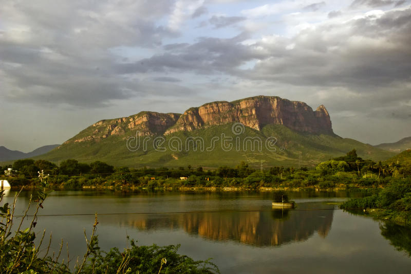 Heuvels dichtbij Nellore stock foto