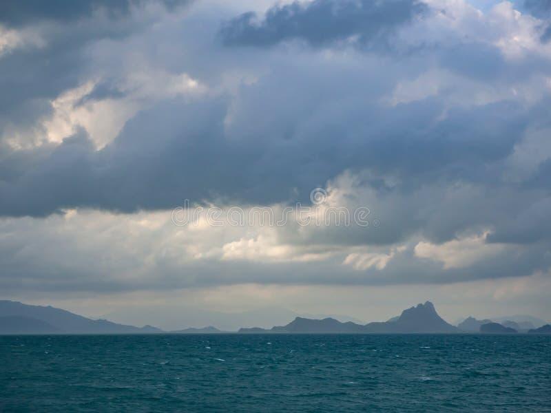 Heuvels op de horizon stock fotografie