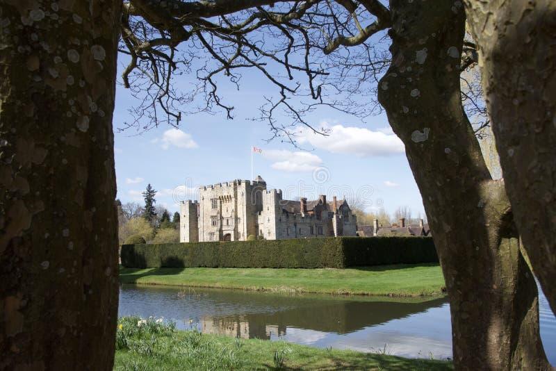 Hever kasztel między drzewami, zdjęcia royalty free