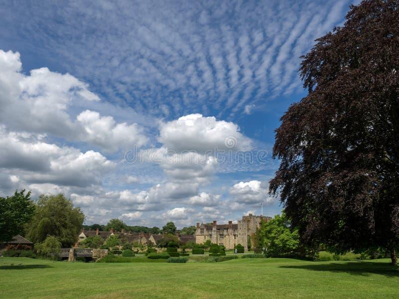 HEVER KENT/UK - JUNI 28: Sikt av den Hever slotten på en Sunny Summe royaltyfria foton