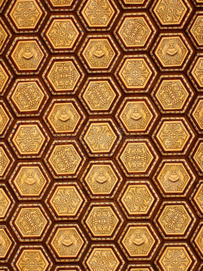 Hexagon overladen gouden plafondpatroon royalty-vrije stock afbeelding