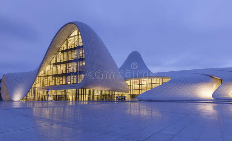 Heydar Aliyev Center in Baku azerbaijan stock foto