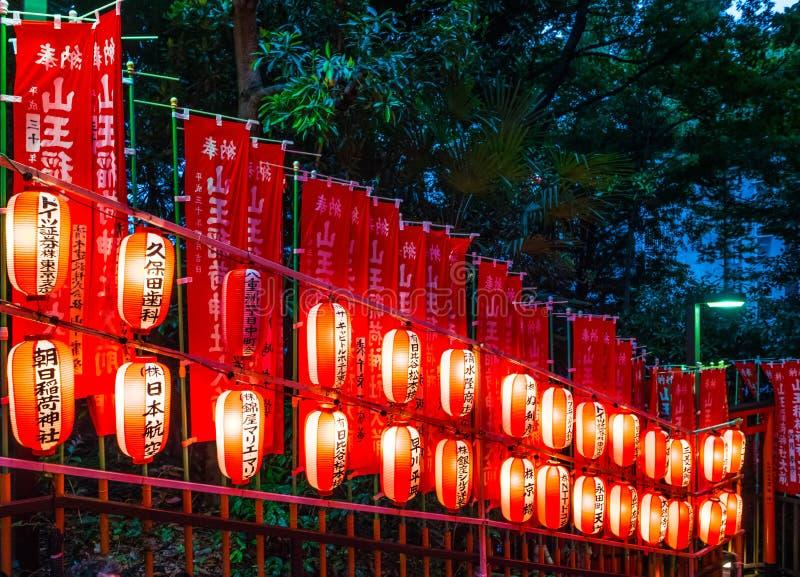Hie famoso - shrine a Tokyo nella sera - TOKYO, GIAPPONE - 12 giugno 2018 immagini stock